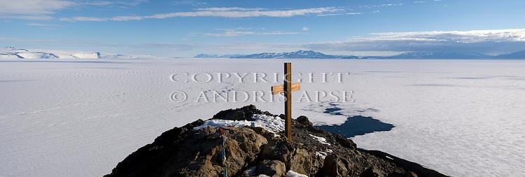 Scott party memorial cross on Observation Hill. Ross Island. Antarctica