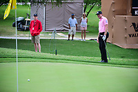Kyle Reifers (USA) chips on to 16 during round 2 of the Valero Texas Open, AT&amp;T Oaks Course, TPC San Antonio, San Antonio, Texas, USA. 4/21/2017.<br /> Picture: Golffile | Ken Murray<br /> <br /> <br /> All photo usage must carry mandatory copyright credit (&copy; Golffile | Ken Murray)