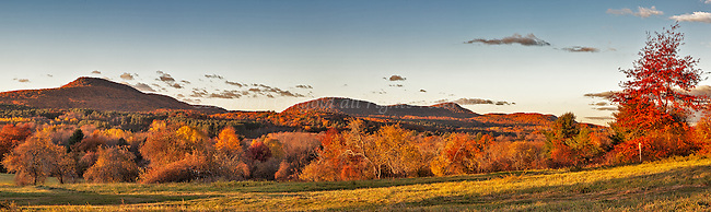 The Holyoke Range in autumn color from Mount Pollux.