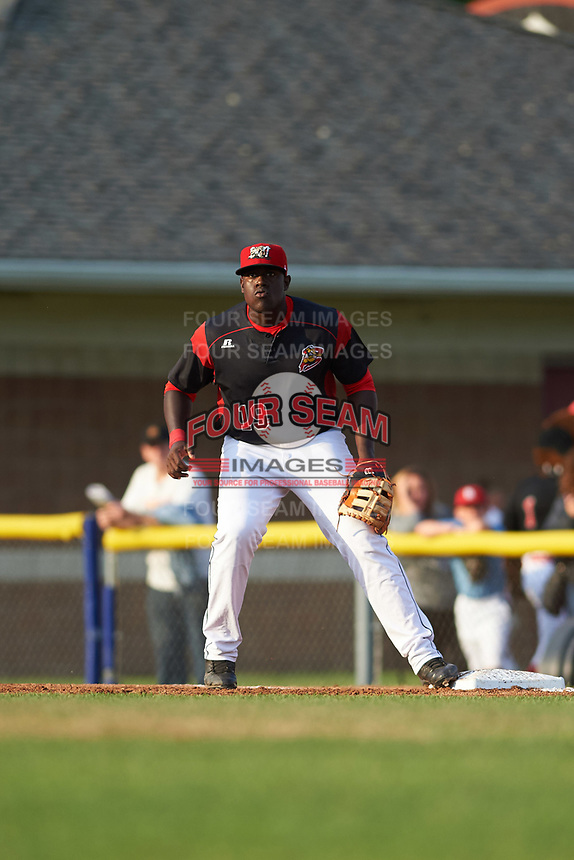 Batavia Muckdogs first baseman Lazaro Alonso (19) waits for a throw during a game against the Auburn Doubledays on June 19, 2017 at Dwyer Stadium in Batavia, New York.  Batavia defeated Auburn 8-2 in both teams opening game of the season.  (Mike Janes/Four Seam Images)