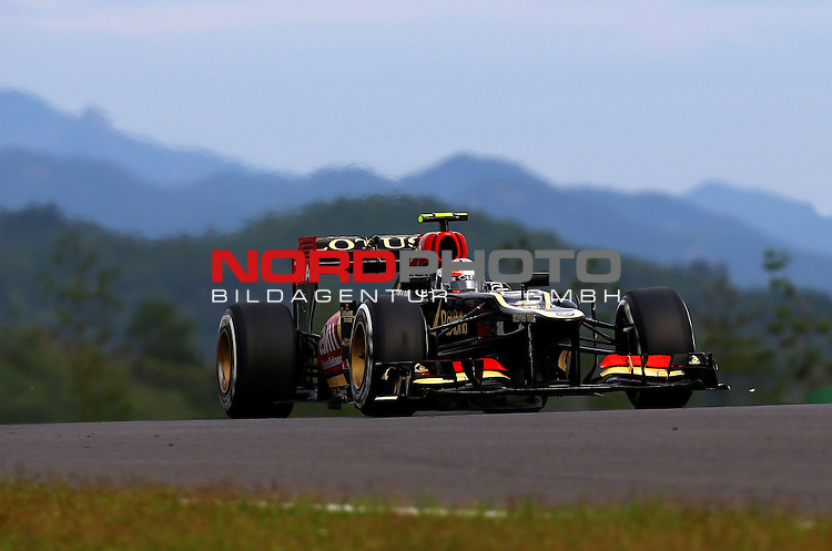 Romain Grosjean (FRA) Lotus Renault F1 Team <br /> for Austria &amp; Germany Media usage only!<br />  Foto &copy; nph / Mathis