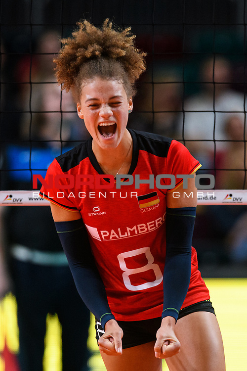 16.08.2019, …VB Arena, Bremen<br />Volleyball, LŠnderspiel / Laenderspiel, Deutschland vs. Polen<br /><br />Jubel Kimberly Drewniok (#8 GER)<br /><br />  Foto © nordphoto / Kurth