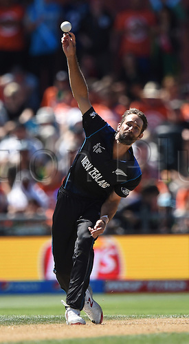 08.03.2015. Napier, New Zealand.  Grant Elliott bowling during the ICC Cricket World Cup match between New Zealand and Afghanistan at McLean Park in Napier, New Zealand. Sunday 8 March 2015.