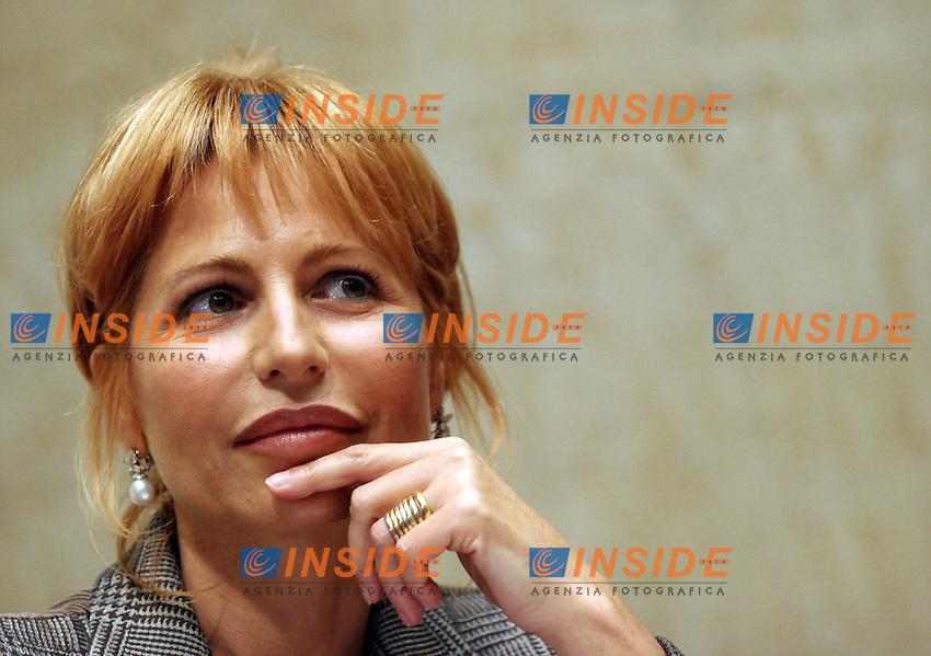 Roma 08-11-2006 Presentazione del libro di Lilli Gruber &quot;America anno zero&quot;<br /> Nella foto Lilli Gruber<br /> Photo Serena Cremaschi Inside (www.insidefoto.com)