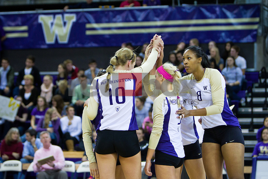 The University of Washington defeats University of .Arizona 3-2 in Seattle on Oct. 22, 2010. (Photography by Andy Rogers/Red Box Pictures)