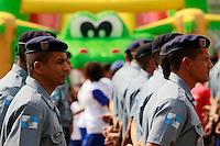 RIO DE JANEIRO, RJ, 28 AGOSTO 2012 - INAUGURACAO UPP ALEMAO - A Coordenadoria de Polícia Pacificadora (CPP) inaugura nesta terça-feira (28), mais duas novas Unidades de Polícia Pacificadora (UPPs), do Complexo da Penha, na Zona Norte do Rio de Janeiro (RJ). Com um total de 520 policiais militares que irão patrulhar seis comunidades das novas UPPs (Parque Proletário e Vila Cruzeiro), a iniciativa completa o cinturão de segurança dos complexos da Penha e do Alemão. (FOTO: GUTO MAIA / BRAZIL PHOTO PRESS).