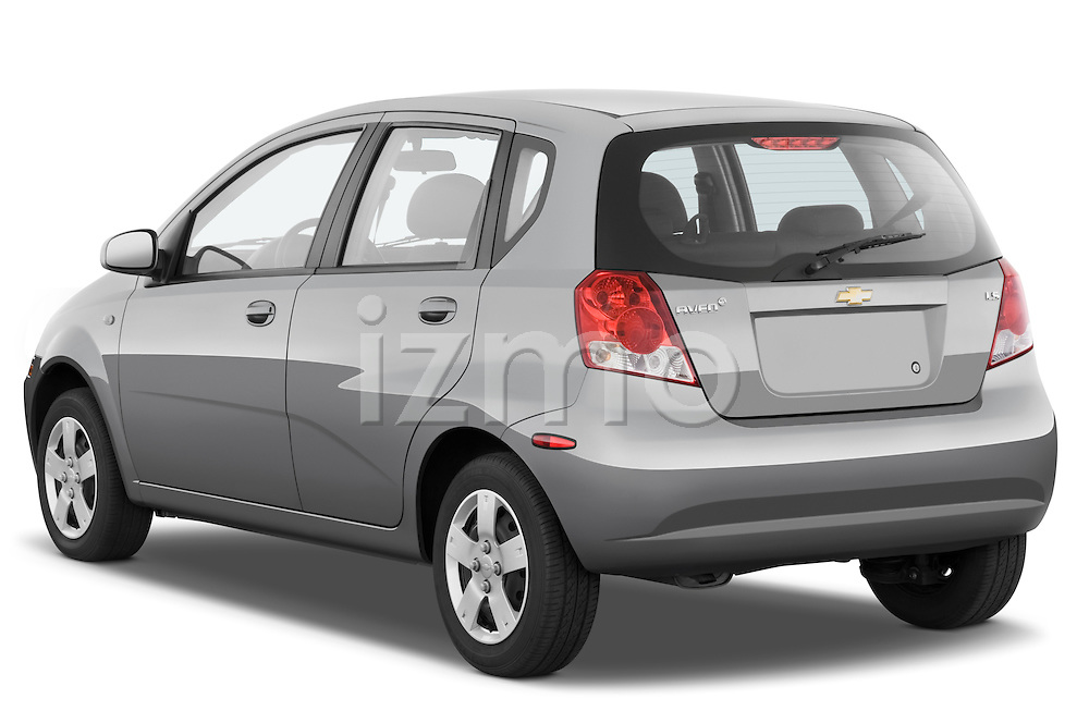 Rear three quarter view of a 2008 Chevrolet Aveo 5 LS