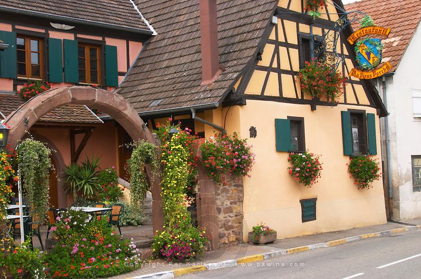 restaurant au vieux porche dom paul zinck eguisheim alsace france