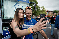 Philippe Gilbert (BEL/Deceuninck-Quickstep) & his girlfriend taking a selfie at the start of teh last stage of the 2019 Vuelta<br /> <br /> Stage 21: Fuenlabrada to Madrid (107km)<br /> La Vuelta 2019<br /> <br /> ©kramon