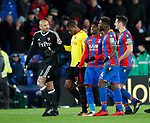 Crystal Palace's Wilfred Zaha argues with Watford's Heurelho Gomes at half time during the premier league match at Selhurst Park Stadium, London. Picture date 12th December 2017. Picture credit should read: David Klein/Sportimage