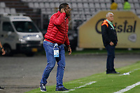 MANIZALES - COLOMBIA, 08-04-2019: Hubert Bodhert técnico de Once gesticula durante partido por la fecha 14 de la Liga Águila I 2019 entre Once Caldas y Envigado F.C. jugado en el estadio Palogrande de la ciudad de Manizalez. / Hubert Bodhert coach of Once gestures during match for the date 14 of the Liga Aguila I 2019 between Once Caldas and Envigado F.C. played at the Palogrande stadium in Manizales city. Photo: VizzorImage / Santiago Osorio / Cont