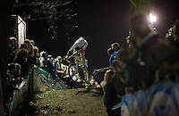 If you can't win the race, you might as well try to win the crowd over (by putting on a show) just like Fabian Orbits (SUI/Veloplus) here...<br /> <br /> Superprestige Diegem 2015