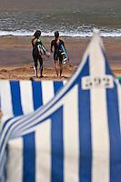 Europe/Espagne/Pays Basque/Guipuscoa/Pays Basque/Zarautz: Surfeurs plage de Zarautz [Non destiné à un usage publicitaire - Not intended for an advertising use]