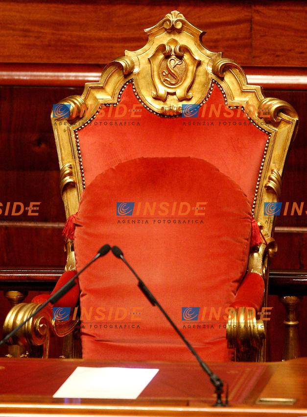 Roma, 28/04/2006 Senato:Votazione per il Presidente<br /> Nella foto  la poltrona della presidenza<br /> Photo Serena Cremaschi Insidefoto