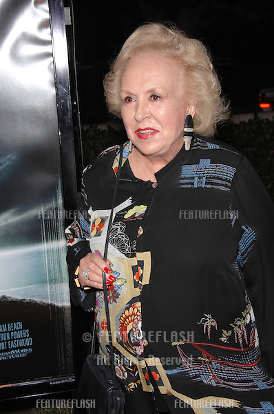 "DORIS ROBERTS at the Los Angeles premiere of ""Flags of our Fathers""..October 9, 2006  Los Angeles, CA.Picture: Paul Smith / Featureflash"