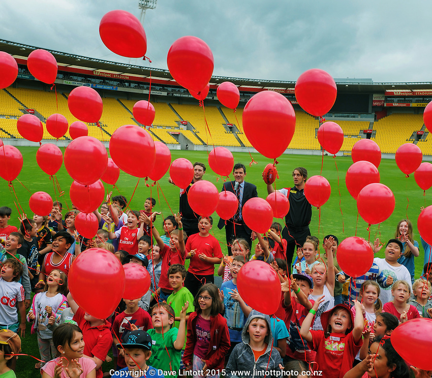 100 balloons are released at the AFL celebration of 100 day countdown until the ANZAC Centenary at Westpac Stadium, Wellington, New Zealand on Wednesday, 15 January 2015. Photo: Dave Lintott / lintottphoto.co.nz
