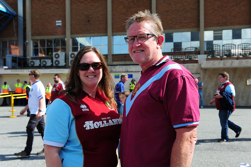 Burnley fans outside the ground before kick off<br /> <br /> Photographer Chris Vaughan/CameraSport<br /> <br /> Football - The Football League Sky Bet Championship - Leeds United  v Burnley - Saturday 8th August 2015 - Elland Road - Beeston - Leeds<br /> <br /> &copy; CameraSport - 43 Linden Ave. Countesthorpe. Leicester. England. LE8 5PG - Tel: +44 (0) 116 277 4147 - admin@camerasport.com - www.camerasport.com