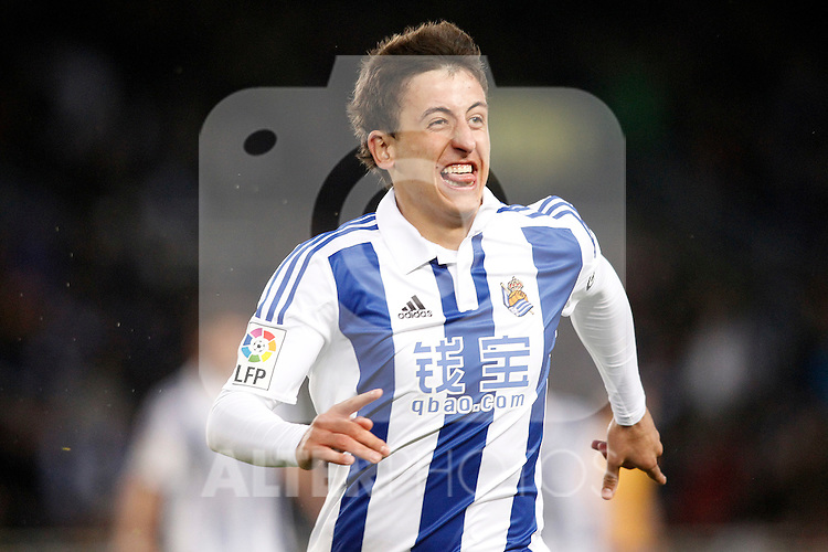 Real Sociedad's Mikel Oiarzabal celebrates goal during La Liga match. April 9,2016. (ALTERPHOTOS/Acero)