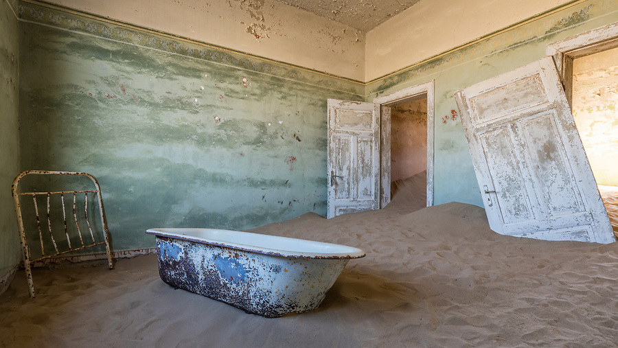 Abandoned Bath And Bedstead, Kolmanskop.