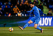 12th January 2018, Estadio Coliseum Alfonso Perez, Getafe, Spain; La Liga football, Getafe versus Malaga; Mauro Arambarri (Getafe CF)gets his shot goal-bound