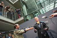 Am 2. Juni 2016 fand die 20. Sitzung des 2. NSU-Untersuchungsausschusses des Deutschen Bundestag statt. Als Zeuge der nichtöffentlichen Sitzung war Hans-Georg Maassen, Praesident des Bundesamt fuer Verfassungsschutz geladen.<br /> Im Bild: Der Ausschussvorsitzende Clemens Binninger (CDU) bei seinem Pressestatement zur Anhoerung des Zeugen Maassen.<br /> 2.6.2016, Berlin<br /> Copyright: Christian-Ditsch.de<br /> [Inhaltsveraendernde Manipulation des Fotos nur nach ausdruecklicher Genehmigung des Fotografen. Vereinbarungen ueber Abtretung von Persoenlichkeitsrechten/Model Release der abgebildeten Person/Personen liegen nicht vor. NO MODEL RELEASE! Nur fuer Redaktionelle Zwecke. Don't publish without copyright Christian-Ditsch.de, Veroeffentlichung nur mit Fotografennennung, sowie gegen Honorar, MwSt. und Beleg. Konto: I N G - D i B a, IBAN DE58500105175400192269, BIC INGDDEFFXXX, Kontakt: post@christian-ditsch.de<br /> Bei der Bearbeitung der Dateiinformationen darf die Urheberkennzeichnung in den EXIF- und  IPTC-Daten nicht entfernt werden, diese sind in digitalen Medien nach §95c UrhG rechtlich geschuetzt. Der Urhebervermerk wird gemaess §13 UrhG verlangt.]