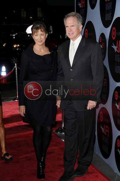 Annette Bening and Warren Beatty<br />at AFI Night at the Movies presented by Target. Arclight Theater, Hollywood, CA. 10-01-08<br />Dave Edwards/DailyCeleb.com 818-249-4998