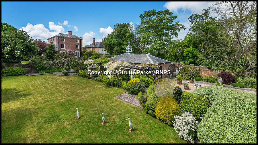 BNPS.co.uk (01202 558833)<br /> Pic: Strutt&amp;Parker/BNPS<br /> <br /> Stunning back garden...<br /> <br /> Hello Sailor? - The perfect seaside residence for a lover of the sea.<br /> <br /> A luxury harbourside home with its own private dock in the back garden has launched on to the market - but you'll need a pirates treasure to afford it.<br /> <br /> &pound;3.4million Wharf House is located in one of the country's best sailing communities in Emsworth, Hants, and is surrounded by water.<br /> <br /> From the front it has spectacular views over Chichester Harbour and at the back there is a mooring space for a large boat.
