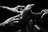 Puri 05.02.2009 India ( Orissa).Ishopanthi Ashram - christian mission made by fr. Marian Zelazek SVD. Karunalaya a leprosy care center, leprosy colony. A hospital..Photo Maciej Jeziorek/Napo Images..Puri 05.02.2009 Indie ( Orisa) .Ishopanthi Ashram, katolicka misja i Karunalaya, kolonia dla tredowatych, zalozycielem ktorej byl polski misjonarz o. Marian Zelazek SVD..Maly szpital dla najciezej chorych..fot. Maciej Jeziorek/Napo Images