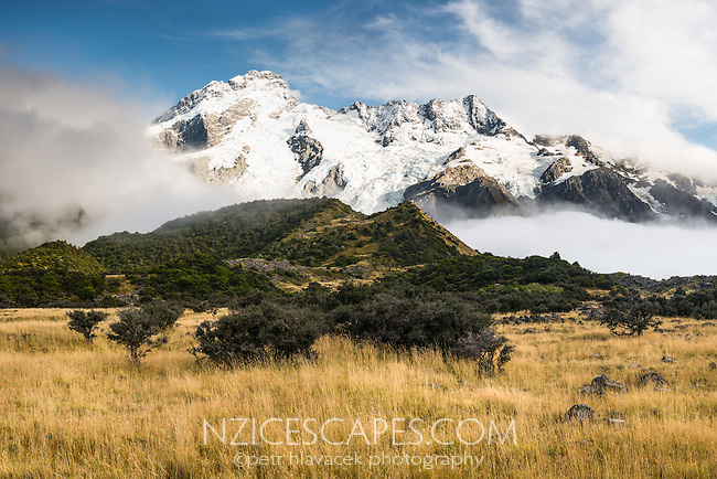Mount Sefton and Footstool, Aoraki, Mt. Cook National Park, Mackenzie Country, UNESCO World Heritage Area, New Zealand