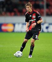 FUSSBALL   CHAMPIONS LEAGUE   SAISON 2011/2012  Bayer 04 Leverkusen - FC Valencia           19.10.2011 Stefan KIESSLING (Bayer 04 Leverkusen) Einzelaktion am Ball