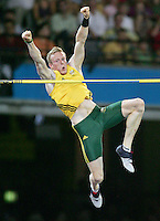 Pole Vaulter Steve Hooker wins gold.