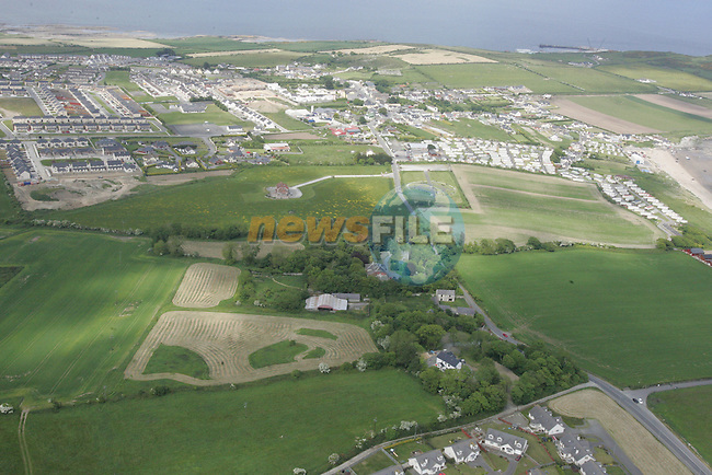 Aerial view of Clogherhead from Strand Hill out to the sea. 04/06/06...Photo NEWSFILE/Fran Caffrey.(Photo credit should read Fran Caffrey/NEWSFILE)....This Picture has been sent you under the condtions enclosed by:.Newsfile Ltd..The Studio,.Millmount Abbey,.Drogheda,.Co Meath..Ireland..Tel: +353(0)41-9871240.Fax: +353(0)41-9871260.GSM: +353(0)86-2500958.email: pictures@newsfile.ie.www.newsfile.ie.FTP: 193.120.102.198...This picture is from Fran Caffrey@newsfile.ie