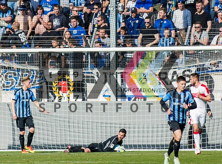 Markus SCHOLZ (Keeper Mannheim) beim Spiel VfB Stuttgart II -  SV Waldhof Mannheim.<br /> <br /> Foto &copy; PIX-Sportfotos *** Foto ist honorarpflichtig! *** Auf Anfrage in hoeherer Qualitaet/Aufloesung. Belegexemplar erbeten. Veroeffentlichung ausschliesslich fuer journalistisch-publizistische Zwecke. For editorial use only.