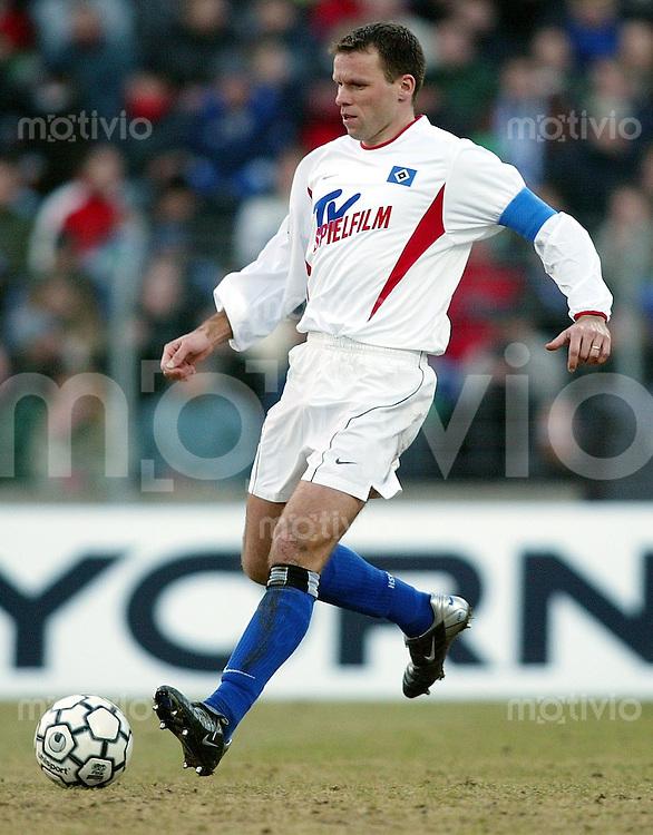 Fussball / 1. Bundesliga Saison 2002/2003 Jan Nico Hoogma, Einzelaktion am Ball Hamburger SV
