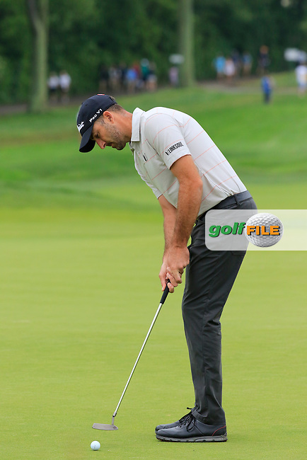 Geoff Ogilvy (AUS) putts on the 2nd green during Friday's Round 1 of the 2016 U.S. Open Championship held at Oakmont Country Club, Oakmont, Pittsburgh, Pennsylvania, United States of America. 17th June 2016.<br /> Picture: Eoin Clarke | Golffile<br /> <br /> <br /> All photos usage must carry mandatory copyright credit (&copy; Golffile | Eoin Clarke)