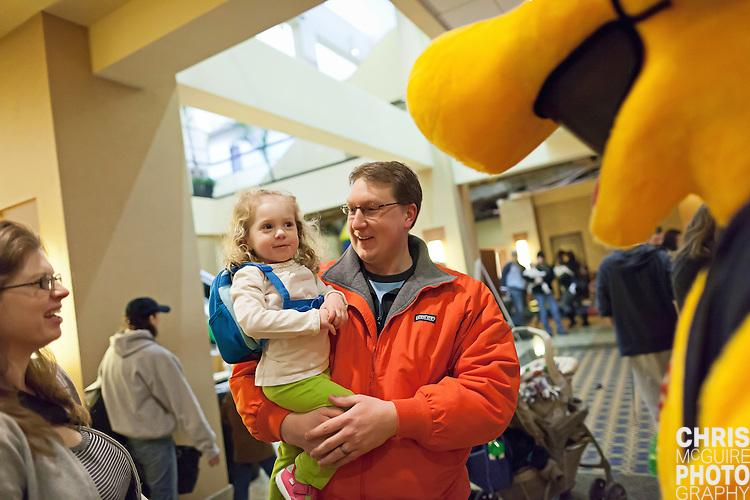02/12/12 - Kalamazoo, MI: Kalamazoo Baby & Family Expo.  Photo by Chris McGuire.  R#1