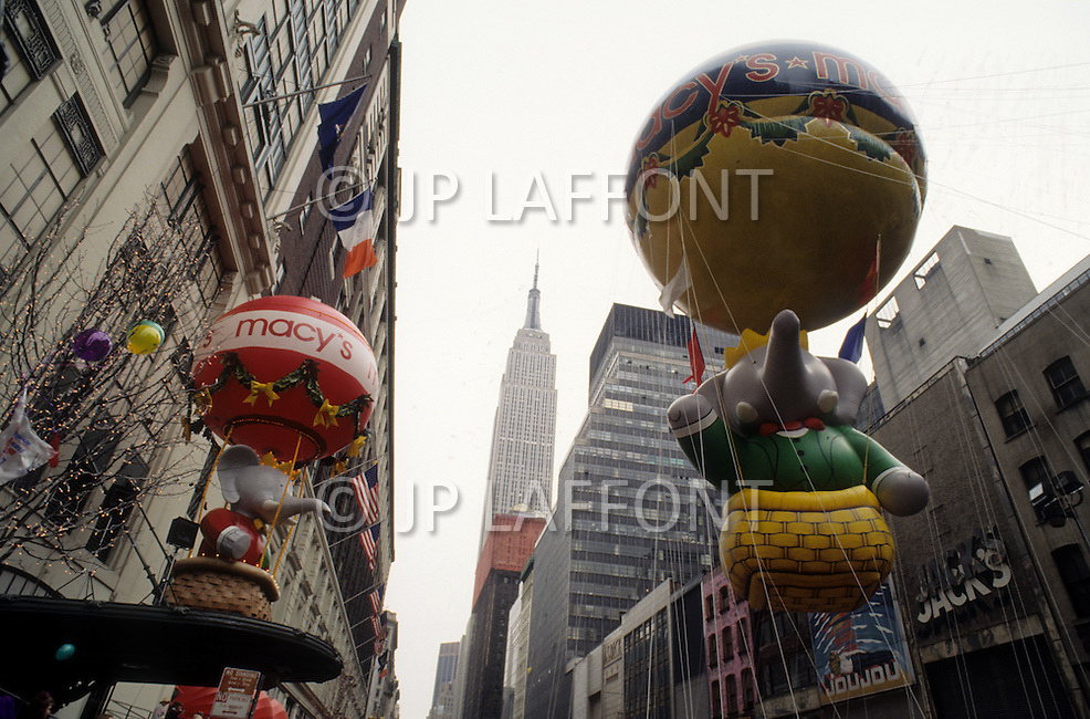 New York City, USA. November 28th, 1991. Babar is the new king of Macy's Thanksgiving Parade.