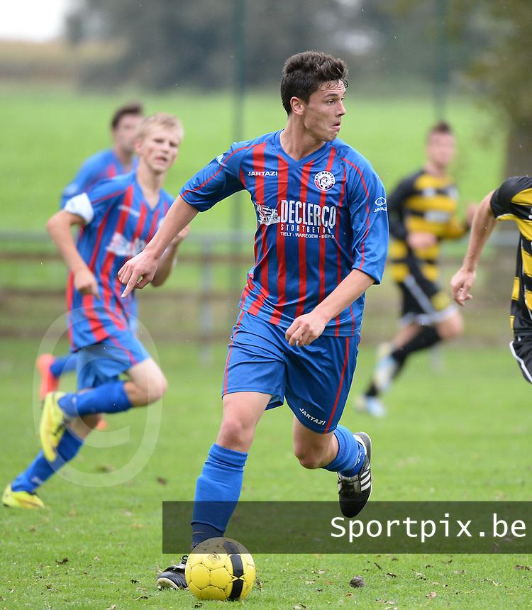 FC Aarsele : Arne Huyghelier <br /> foto VDB / BART VANDENBROUCKE