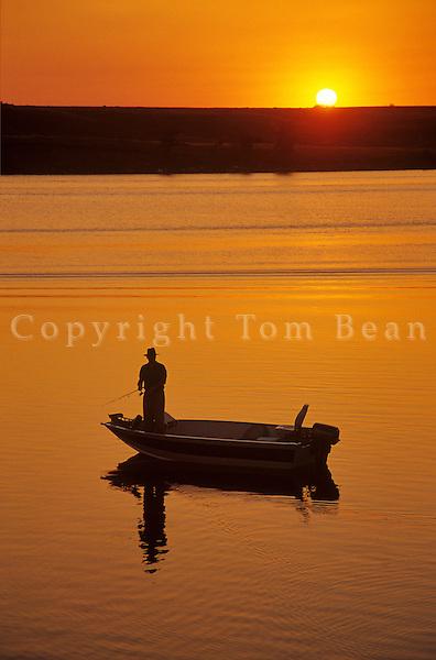 Fishing from boat at sunset at Jamestown Resevoir near Jamestown, North Dakota, AGPix_0225.