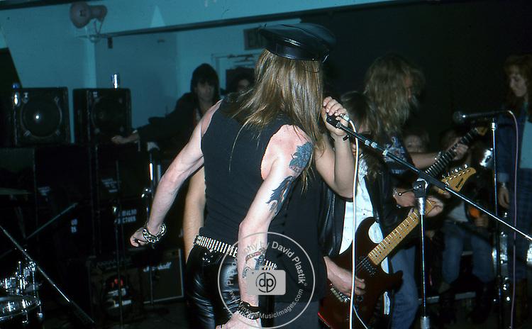 Guns-N-Roses-188.jpg