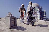 Sufi-Shrine in Utch. One of the most important holy places for the muslims.<br /> Here: The tomb of bibi Jiwindi, built in 1494.<br /> 17.2.2001, Utch/Punjab<br /> Copyright: Christian-Ditsch.de<br /> [Inhaltsveraendernde Manipulation des Fotos nur nach ausdruecklicher Genehmigung des Fotografen. Vereinbarungen ueber Abtretung von Persoenlichkeitsrechten/Model Release der abgebildeten Person/Personen liegen nicht vor. NO MODEL RELEASE! Nur fuer Redaktionelle Zwecke. Don't publish without copyright Christian-Ditsch.de, Veroeffentlichung nur mit Fotografennennung, sowie gegen Honorar, MwSt. und Beleg. Konto: I N G - D i B a, IBAN DE58500105175400192269, BIC INGDDEFFXXX, Kontakt: post@christian-ditsch.de<br /> Bei der Bearbeitung der Dateiinformationen darf die Urheberkennzeichnung in den EXIF- und  IPTC-Daten nicht entfernt werden, diese sind in digitalen Medien nach §95c UrhG rechtlich geschuetzt. Der Urhebervermerk wird gemaess §13 UrhG verlangt.]