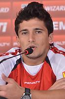 SAO PAULO, 23 DE ABRIL DE 2013 - TREINO SAO PAULO - O jogador Aloisio durante coletiva de imprensa, no CT da Barra Funda, na tarde desta terça fera, 23, região oeste da capital. (FOTO: ALEXANDRE MOREIRA / BRAZIL PHOTO PRESS)