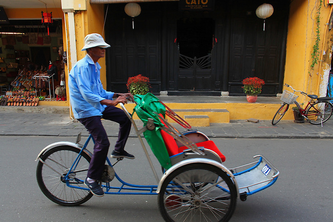 Cycle driver. Hoi An, Vietnam. April 15, 2016.