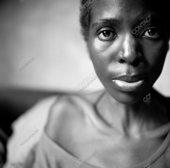 Maria Vindi, 32, a former nurse in South Africa, who is now HIV positive. Mbvuku, Harare, Zimbabwe, April 2005