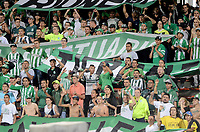MEDELLIN  -  COLOMBIA - 25 - 05 - 2017: Los hinchas de Atletico Nacional, animan a su equipo, durante partido de la fase de grupos, grupo 1 fecha 6, entre Atletico Nacional y Barcelona de Ecuador, por la Copa Conmebol Libertadores Bridgestone 2017, en el Estadio Atanasio Girardot, de la ciudad de Medellin. / Fans of Atletico Nacional, cheer for their team during a match for the group stage, group 1 of the date 6th, between Atletico Nacional of Colombia and Barcelona of Ecuador, for the Conmebol Libertadores Bridgestone Cup 2017, at the Atanasio Girardot, Stadium, in Medellin city. Photos: VizzorImage / Leon Monsalve / Cont.