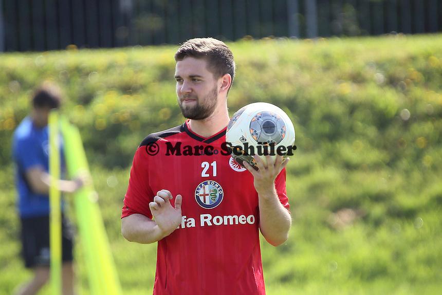 Marc Stendera (Eintracht) - Eintracht Frankfurt Training, Commerzbank Arena