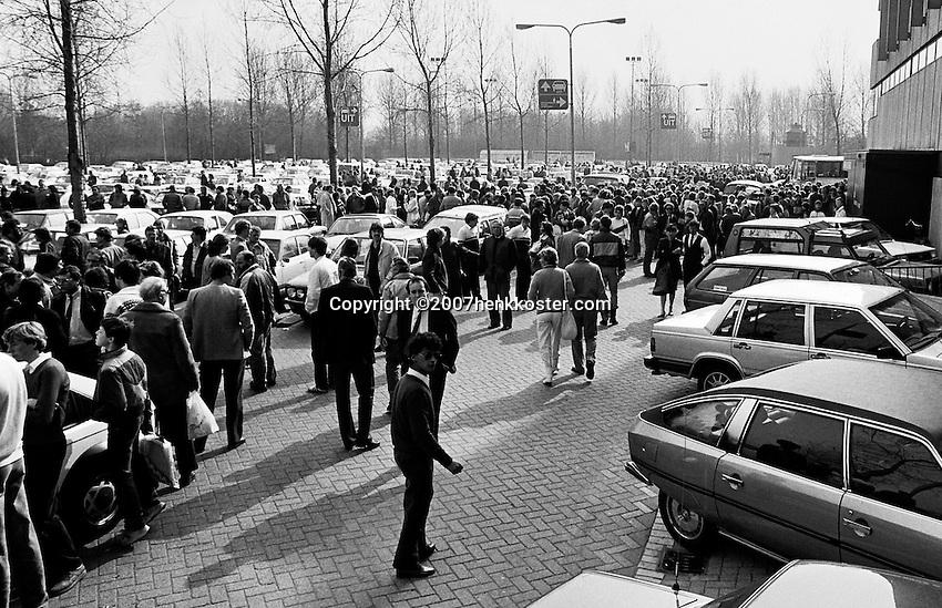 1984, ABN WTT, Ontruiming na bommelding