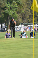 Phil Mickelson (USA) tips his hat to the loud cheers from the crowd on 9 during round 4 of the World Golf Championships, Mexico, Club De Golf Chapultepec, Mexico City, Mexico. 3/4/2018.<br /> Picture: Golffile | Ken Murray<br /> <br /> <br /> All photo usage must carry mandatory copyright credit (© Golffile | Ken Murray)
