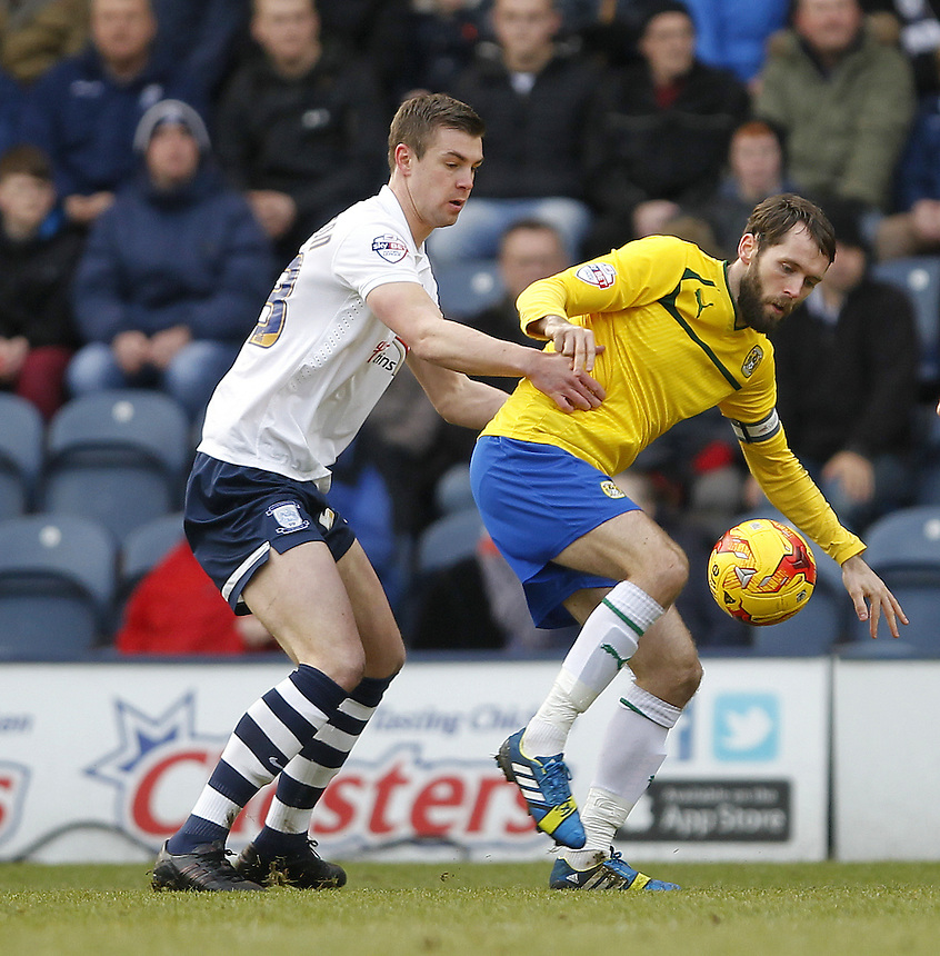 Preston North End's Paul Huntington battles with Coventry City's James O'Brien<br /> <br /> Photographer Mick Walker/CameraSport<br /> <br /> Football - The Football League Sky Bet League One - Preston North End v Coventry City - Saturday 7th February 2015 - Deepdale - Preston<br /> <br /> &copy; CameraSport - 43 Linden Ave. Countesthorpe. Leicester. England. LE8 5PG - Tel: +44 (0) 116 277 4147 - admin@camerasport.com - www.camerasport.com