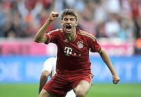 FUSSBALL   1. BUNDESLIGA  SAISON 2011/2012   7. Spieltag FC Bayern Muenchen - Bayer 04 Leverkusen          24.09.2011 Jubel nach dem Tor zum 1:0 Thomas Mueller (FC Bayern Muenchen)